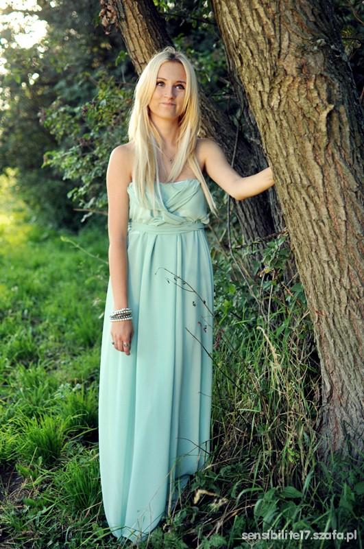 Wieczorowe Miętowa suknia