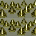 złote Ćwieki kolce spike przyszywane do przyszycia