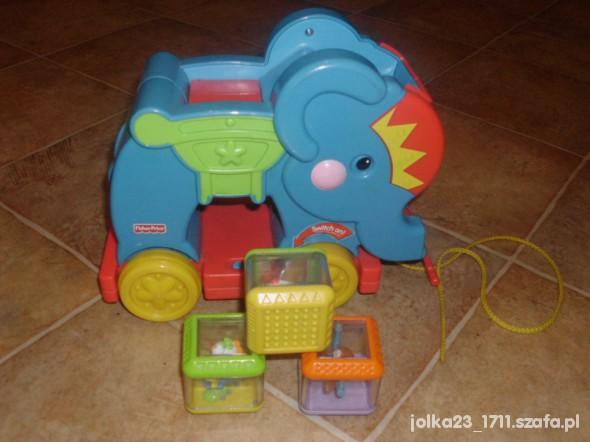 Zabawki interaktywny słoń duży fisher price z klockami