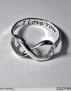poszukiwany pierścione
