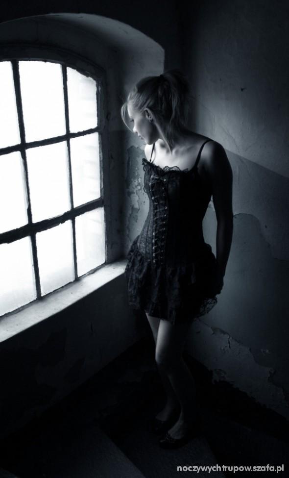 Mój styl sukienka z koronką