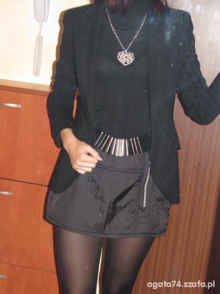Eleganckie czern