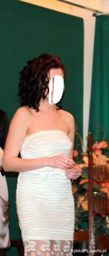 Na specjalne okazje ślubna sukienka