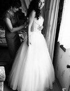 Moja suknia ślubna kamienie kokarda tren