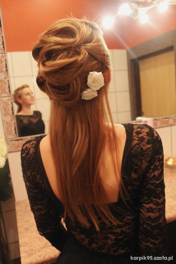 Wieczorowe wieczorowa fryzura