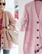 sweterek różowy...