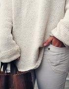 sweterek oversize biel wełniany