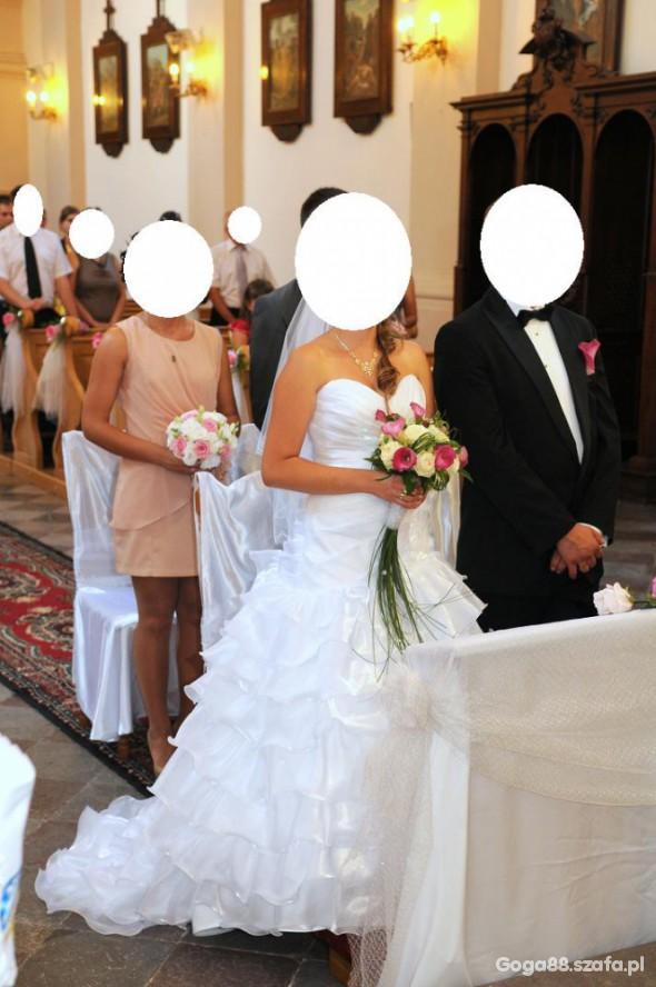 Na specjalne okazje Biała suknia od Papa Michele