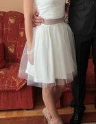 Sukienka ecru