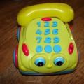 Telefon edukacyjny jeździ