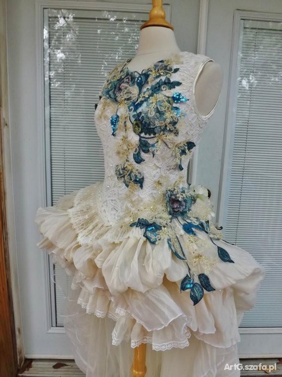 Ręcznie szyta Sukienka na ślub
