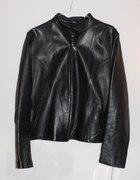 czarna skórzana minimalistyczna kurtka S