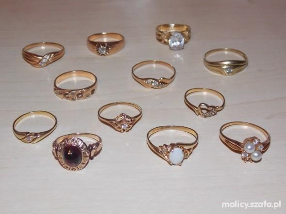 Złote 585 pierścionki maluszki