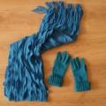 szal i rękawiczki