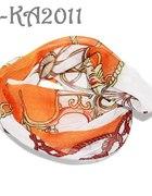 Pomarańczowa bandana w etniczne wzory...