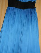 Kobaltowa sukienka plisowana