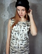 MISBEHAVE HARD KNOCK LIFE CAMO WHITE top