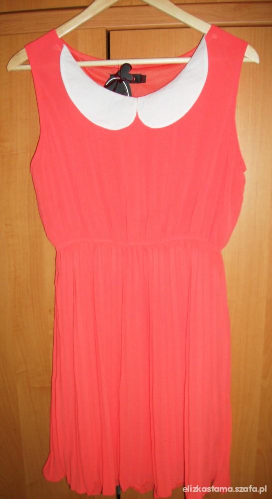 Cudowna morelowa sukieneczka