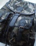 Mój nowy plecaczek