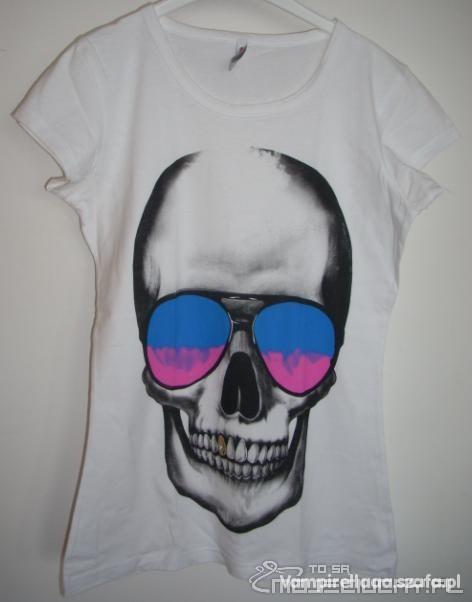 Koszulka z czaszką...