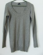 sweter z kulkami HM