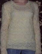 sweterek własnoręcznie robiony...