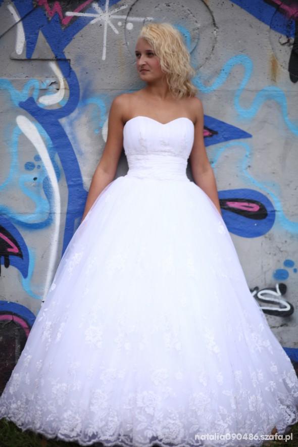 Na specjalne okazje stylizacja ślubna