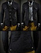 pikowana czarna kurtka
