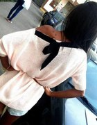kremowy bezowy sweter z wstazeczka...