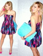 PARTY LOOK COLORFULL