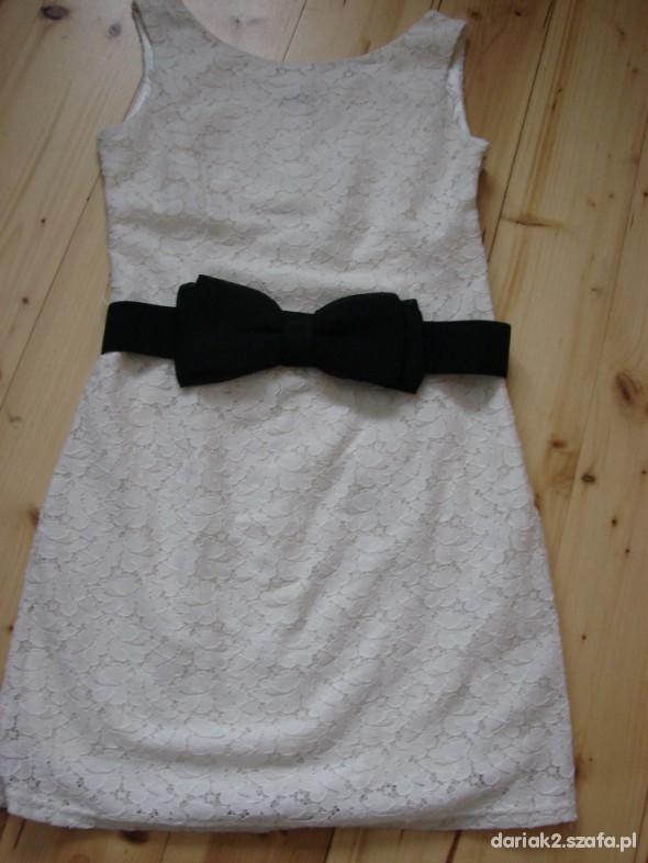 Sukienka OODJI beż