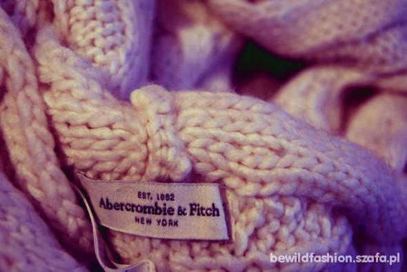 Komin Abercrombie & Fitch...