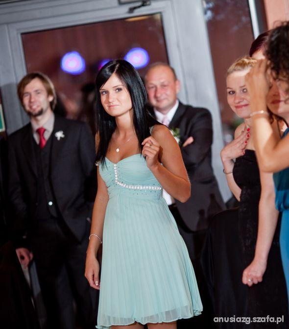 Wieczorowe moja sukienka ze ślubu kochanej siostry