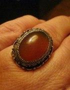 Piękny pierścień z karneolem...