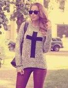 sweterek krzyż new look
