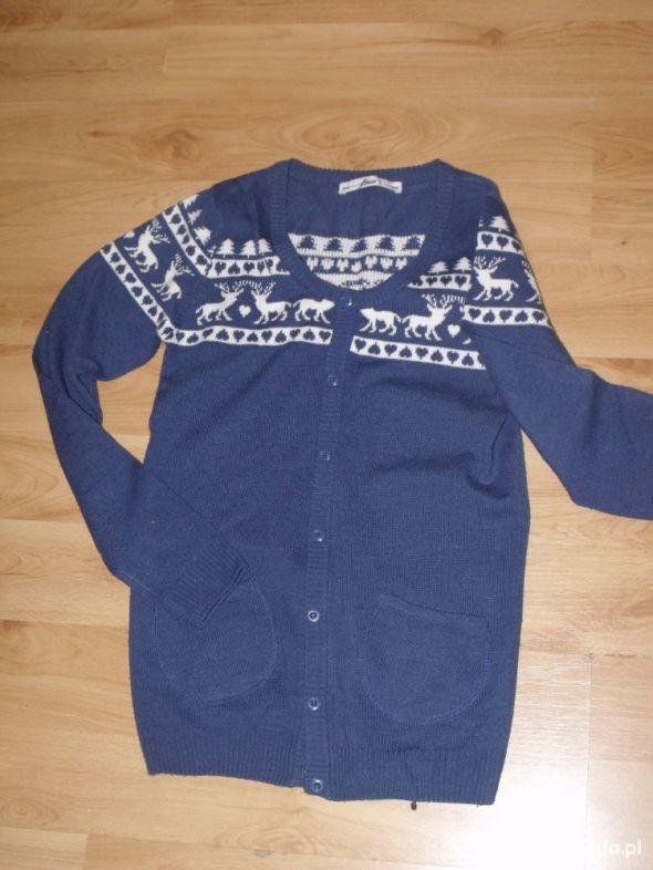 Swetry Sweterek na guziki norweskie wzory HOUSE