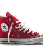 Czerwone trampki Converse...
