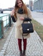 płaszczyk z pikowanymi rękawami i lity