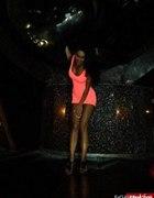Neonowa tunika