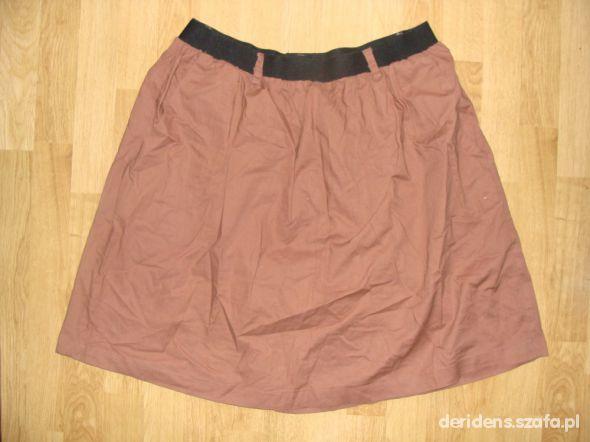 Brązowa karmelowa spódnica z czarną gumką