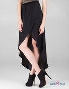 Czarna asymetryczna spódnica...