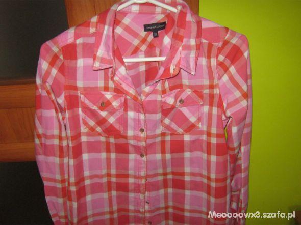 Różowa koszula w krate...