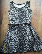 Piękna rozkloszowana sukienka princeska panterka