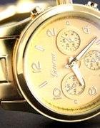 śliczny złoty zegarek geneva