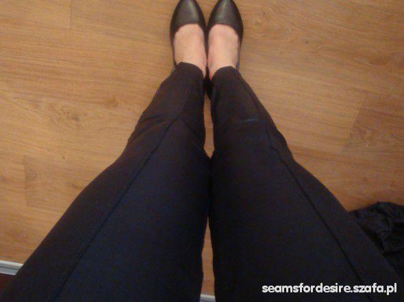 skóropodobne legginsy zip S