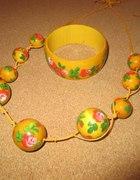 Żółte malowane korale i branzoletka...