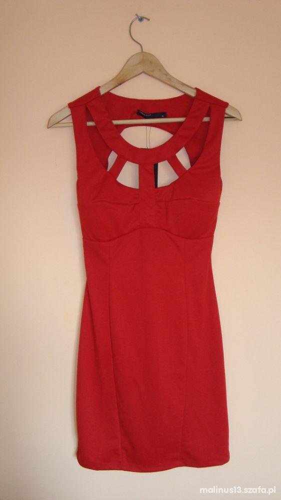 sexy czerwona sukienka