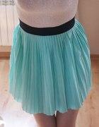 plisowana miętowa spódniczka