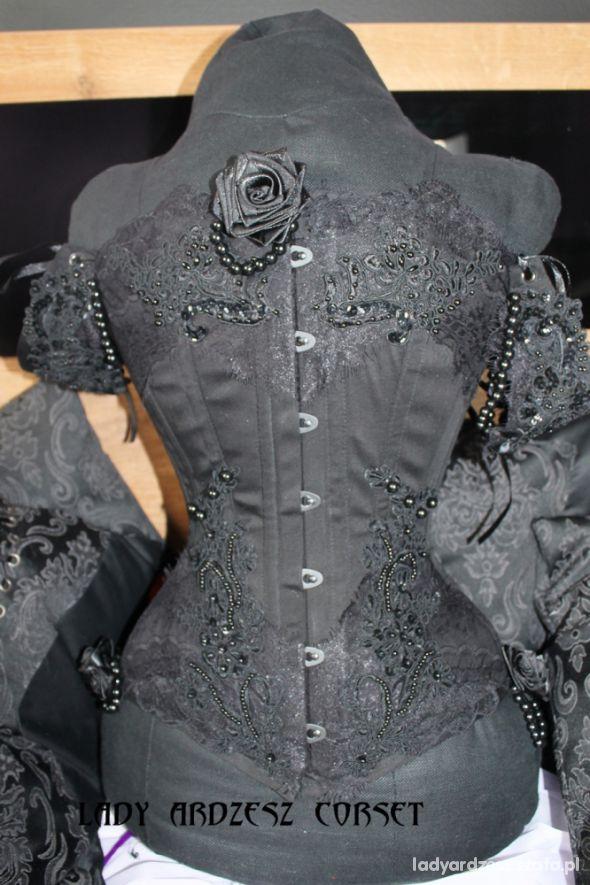 Gorsety black lace corset