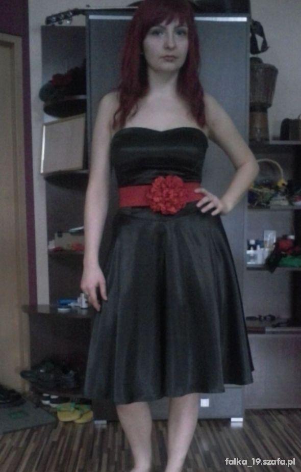 Pin upowa sukienka Orsay